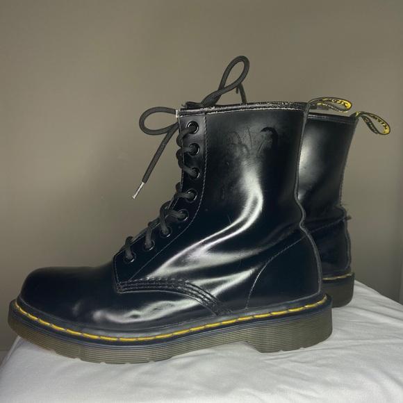 Dr. Marten 1460 Black Boots